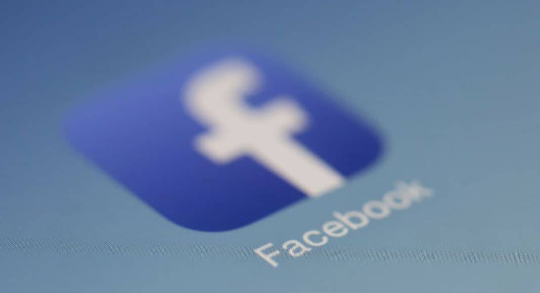 Facebook Just Cut Off User Data Access To Hundreds Of Apps