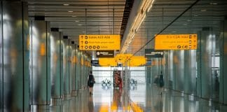 Avoid The Flu: These Are The 3 Dirtiest Places In The Airport