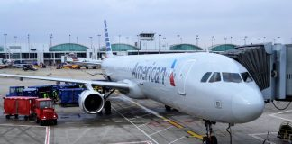 American Airlines Pilot Claims UFO Flew Over His Aircraft
