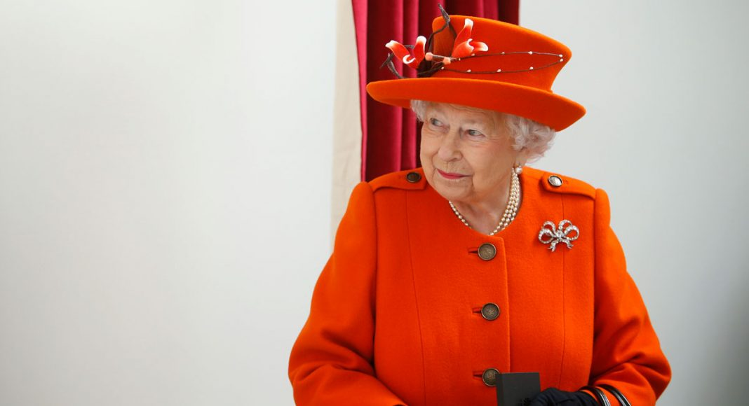 Royal Fans Think The Queen Was Sending Messages With Her Jewelry During Trump's Visit